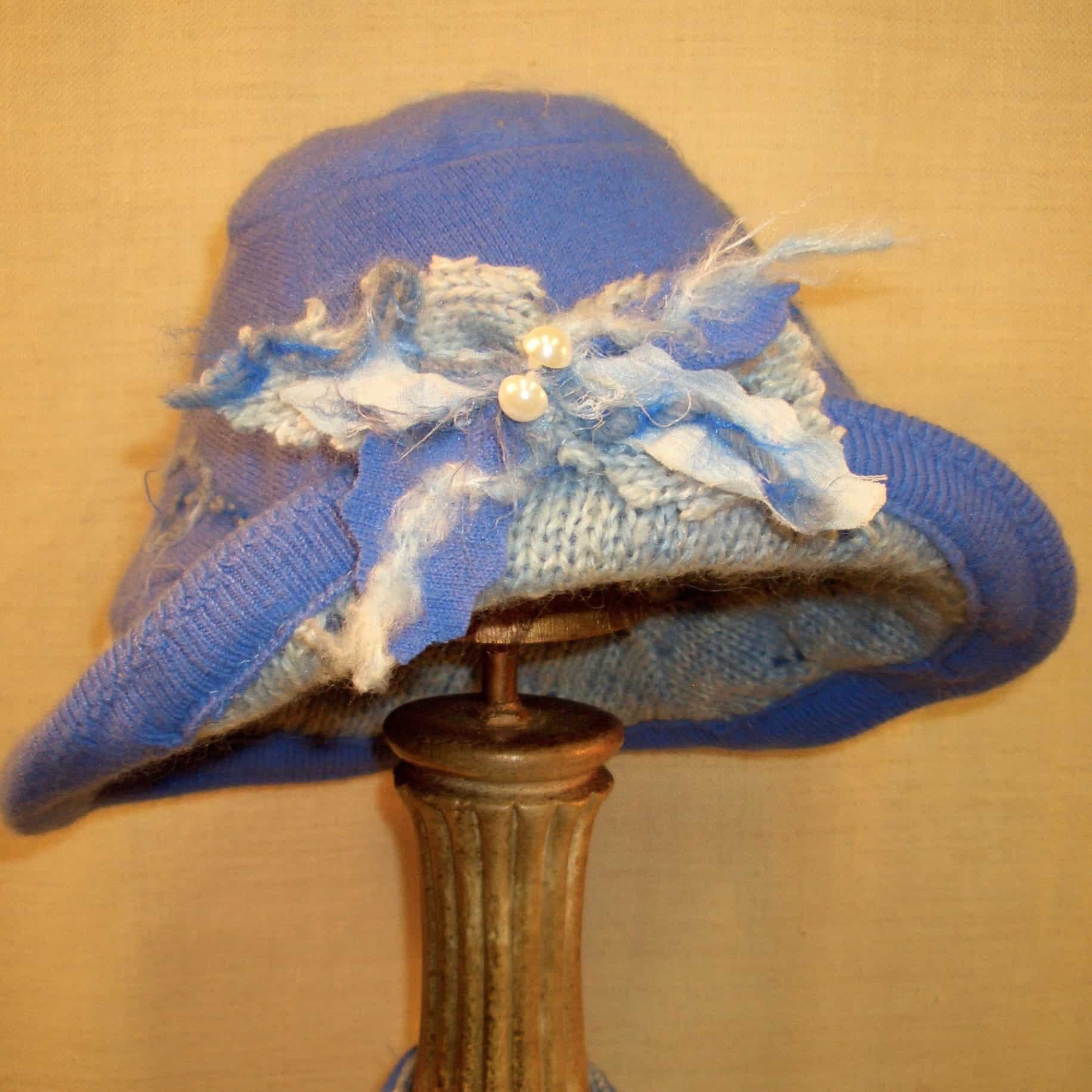 Hats-Holli